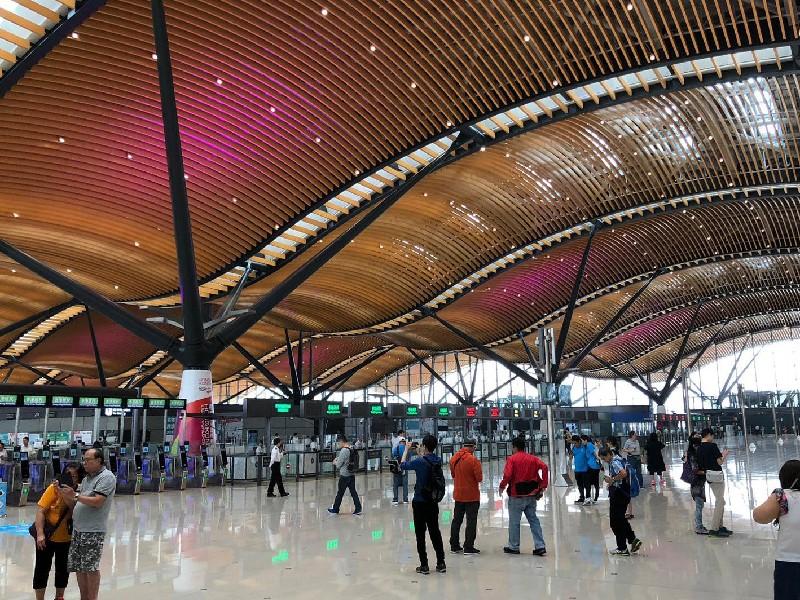 香港国際空港からマカオ・珠海への行き方(港珠澳大橋バス・フェリー)